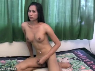 Sexy Thai t-girl shows off hot body and teases her shecock