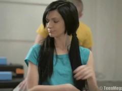 Slender brunette seduced trainer in the fitness club