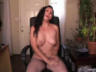 Hairy Porn Star Nikki Silver Candid Nude Talk NaughtyNatural.com