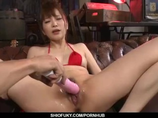 Steamy oral for Maomi Nagasawa in red lingerie