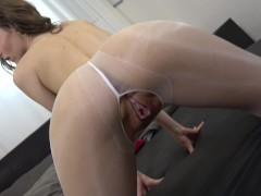 Horny fuck in ouvert-nylons - MaryWet