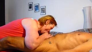Preview 1 of Frau leckt Mann Arsch und saugt Gepiercter Penis leer aus !!!