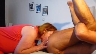 Preview 5 of Frau leckt Mann Arsch und saugt Gepiercter Penis leer aus !!!