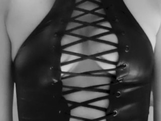 Sputalo in bianco e nero (Spit it out in black & white - @ ADbunker)
