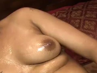 daisy red playing with her phat redboned pussy