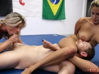 Nikki sucking away motivation