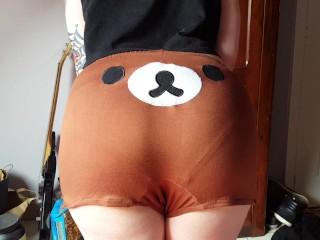 Hot tattooed girl dances in cute kawaii bear hotpants.