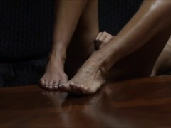WIFE MASTURBATES LONG AND SLOW HOME A...