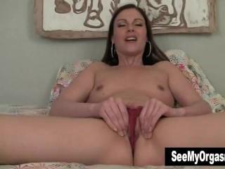 Superb MILF Samantha Masturbating For Orgasm