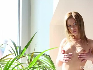 Petite Czech babe Leony April teasing