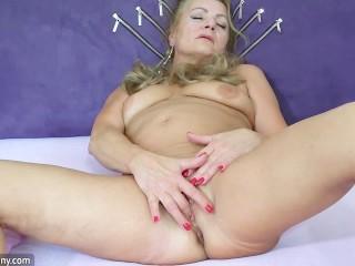 Skinny girl, skinny mature and strapon