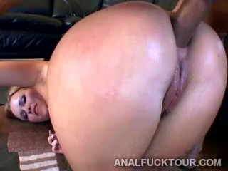 Naughty blondie deeply double penetrated in rough threesome