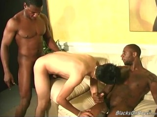 Horny white dude gets assfucked by blacks