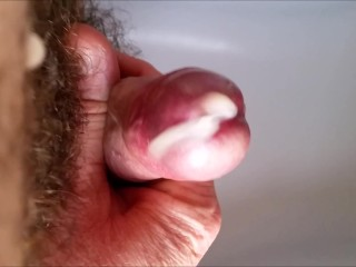 POV cock cumshot fountain and milking / fontaine de sperme