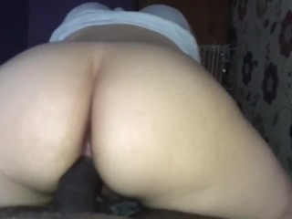 College Girl Knows How To Ride