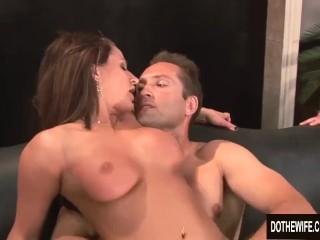 Sexy milf Brooke Belle hardcore sex