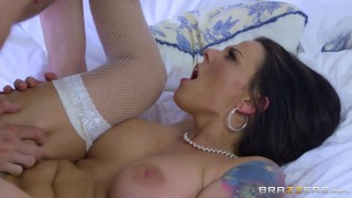 Brazzers - Cheating bride Simony Diamond loves anal  analm ass-fuck big-cock big-tits cuckold cheater booty big-boobs brazzers fishnets pounded ass-fuck butt ass-fucking orgasm doggystyle bride