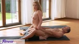 GoGo FukMe Returns 2 Porn | Getting BigDick N The Hotel (TeAsEr)