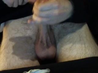 alot of fuckin nut ladies;)
