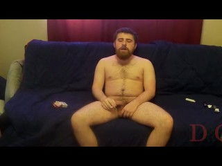 Thedudewhosadude smokes and jerks and triggers a C02 alarm