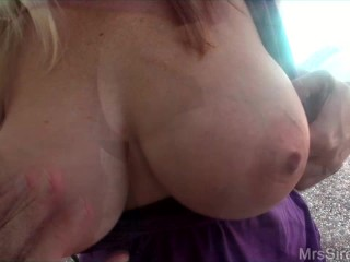 Mr Siren Plays with My Huge Holes