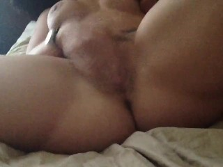 Hairy Milf rubs till she squirts on herself