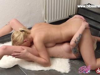 Hot Lesben- SEX