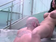 Sex in the bath