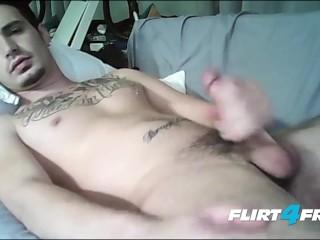Tatted Superstud Bray Love Tastes His Sweet Cum