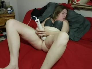 Multiple orgasms She makes herself cum