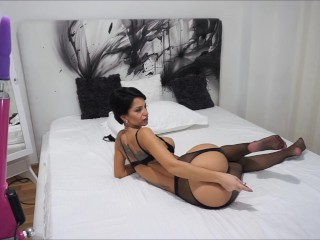 Anisyia LIvejasmin taking it up the ass like a good girl