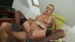 Fuck The Blonde MILF Anal Styl