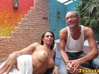 Brazilian tranny beauty posing in sexy bikini