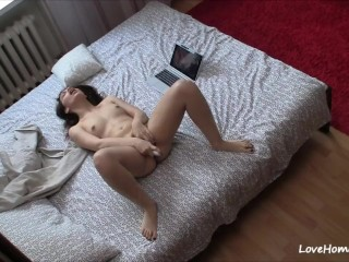 Divine-looking webcam girl and her favorite green toy