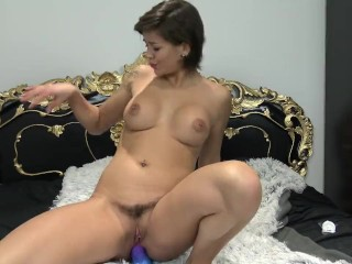 Teen with perfect natural ass fucked by Dragon in ass – Vic Alouqua