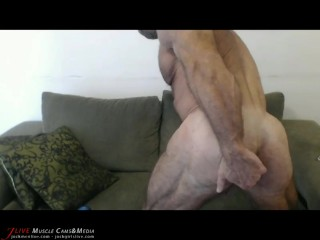 Muscle Papi Jerks and Fingers his Asshole at JockMenLive