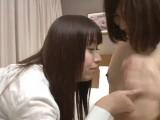 清楚系の美少女カップルが互いの乳首を吸って唇を奪い合うレズプレイ…