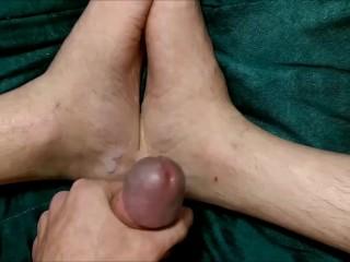 Foot fetish cum on my feet ;)