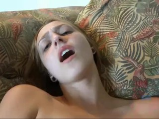 Cumming on Rococo Royalle's pretty little face