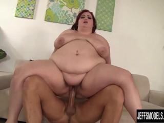 Beautiful Fatty fucked and facial