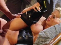 Kinky big tits babe Brooke Belle fantasizes getting fucked in black leather