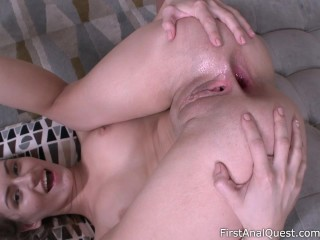 Extreme amateur anal makes Sofy Soul so happy! - First Anal Quest.