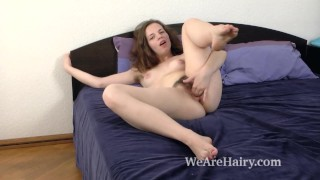 Fiorella masturbates in bed after stripping for us