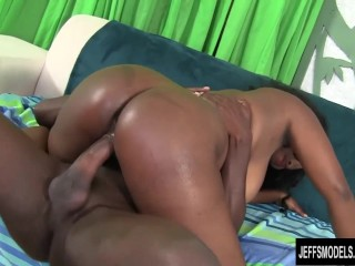 Big Butt and Big tits, black girl fucks
