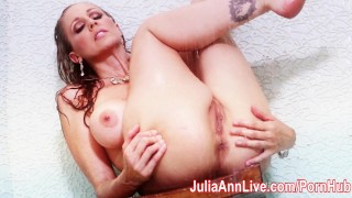 Sexy Milf Julia Ann Get Soaking Wet in Shower!