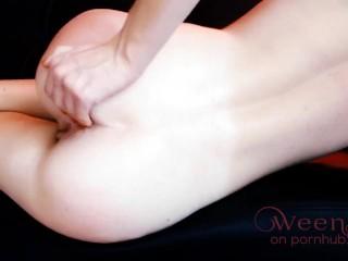 I spank my Ass - Amateur Self Spanking - Butt Smacking b4 Dildo Confort