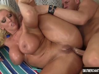 Big titties and big butt anal