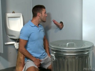 MenOver30 Public Gloryhole Ass Fucking!
