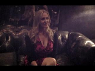 Julia Ann w/ Jiggy Jaguar AVN Expo 2017 Las Vegas NV January 2017