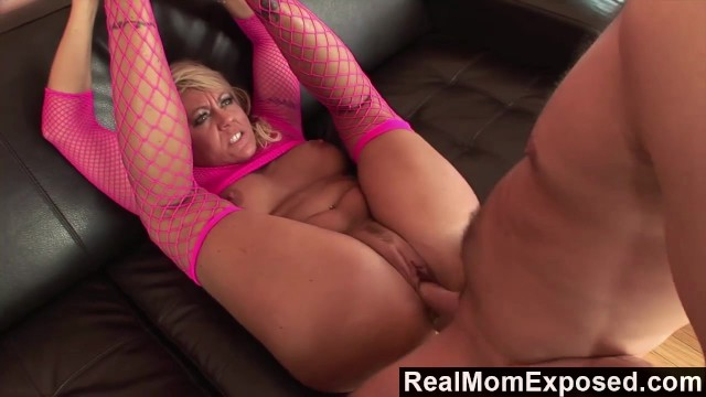 RealMomExposed – Shes ravenous for a load and hes happy to deliver